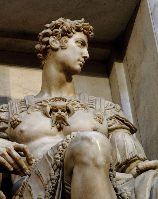 https://upload.wikimedia.org/wikipedia/commons/thumb/d/d6/Florenz_-_Neue_Sakristei_Giuliano_II.jpg/800px-Florenz_-_Neue_Sakristei_Giuliano_II.jpg